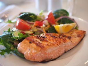 Plat saumon légumes